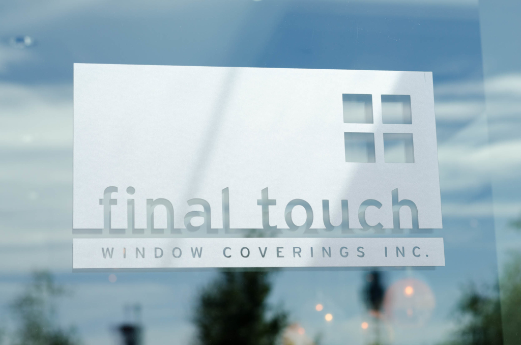 FTWC-Showroom-front_door_logo1
