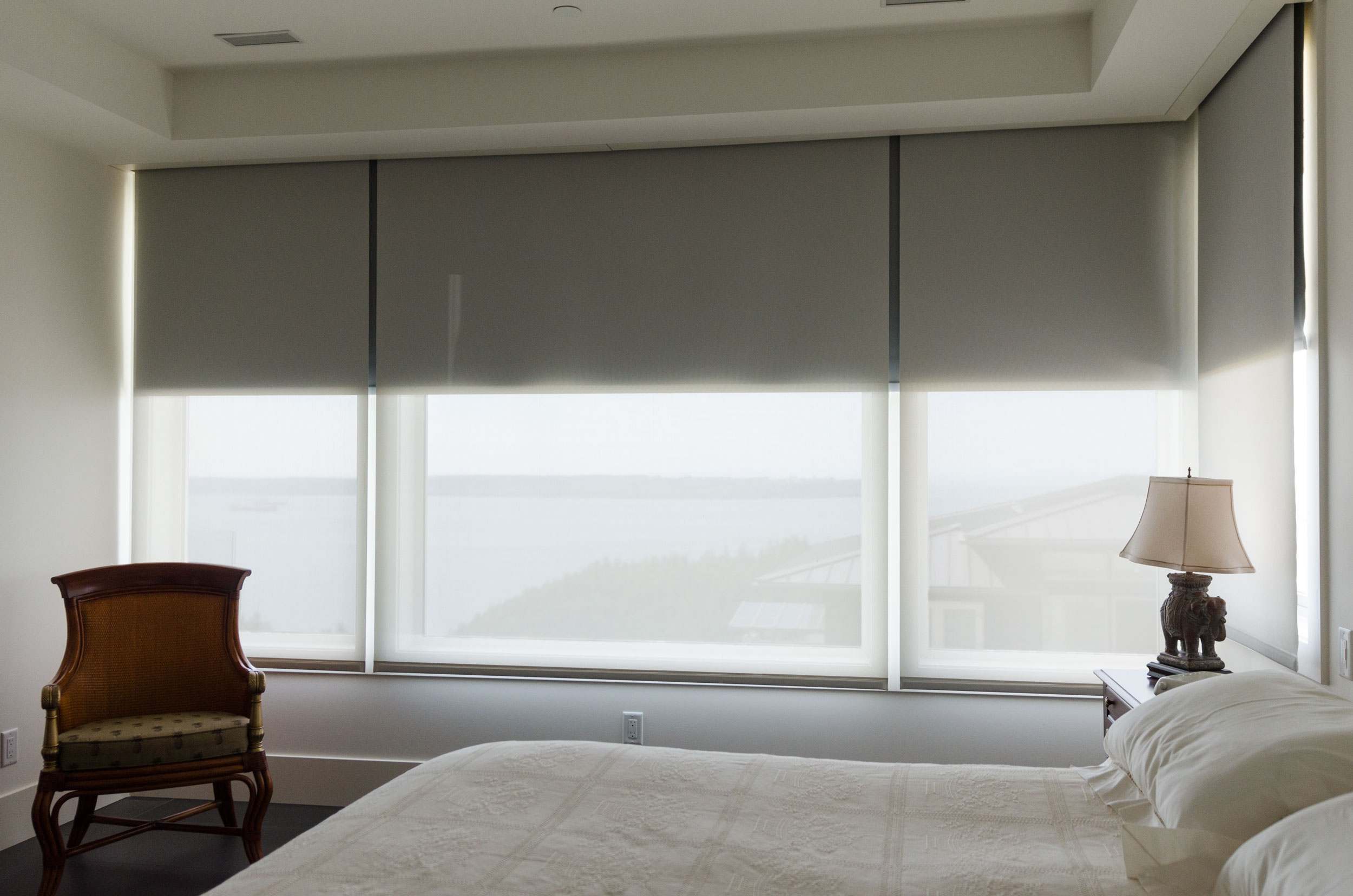 Bedroom Horizontal Blinds